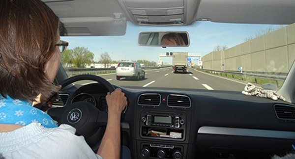 Training selbständigen Fahrens auf der Autobahn